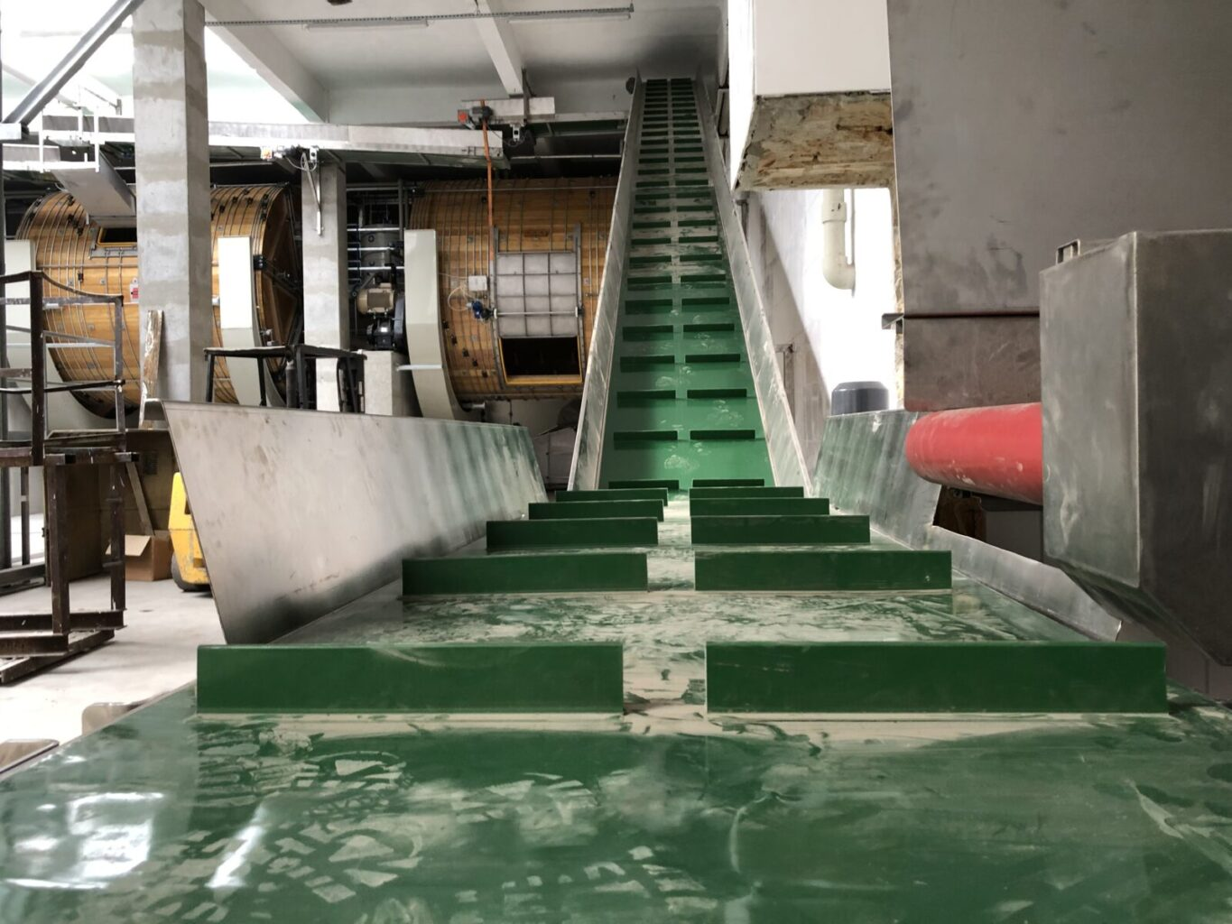 loading conveyors for soaking drums (2)